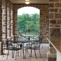 Stonecraft heritage chardonnay facade on outdoor columns and patio