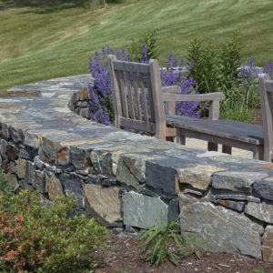 Champlain american granite freestanding wall