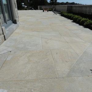 Mixed sized pattern of aurelia granite