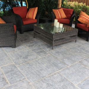 Hampton limestone pattern patio