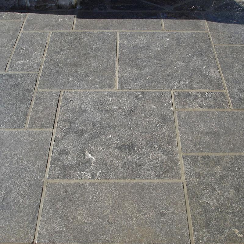 Hampton limestone pattern close up