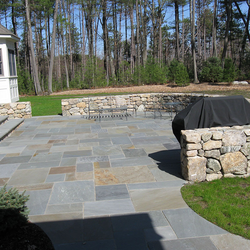 Mixed color bluestone used as an outdoor patio