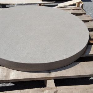 Patio centerpiece Round in Thermal Bluestone sawn edge